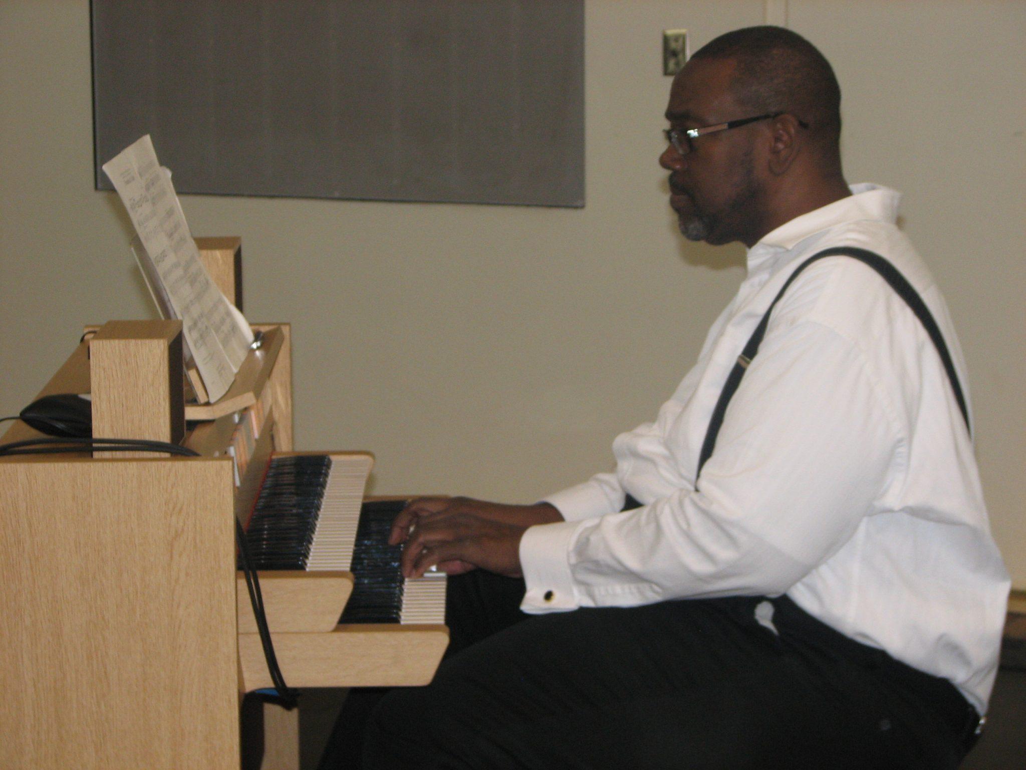 James Calhoun Organ pic