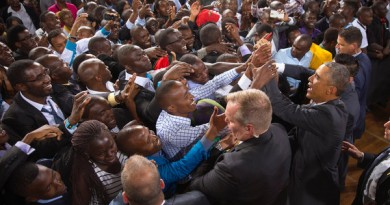 President in Kenya with crowd