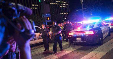 Dallas Police Shooting pic 1