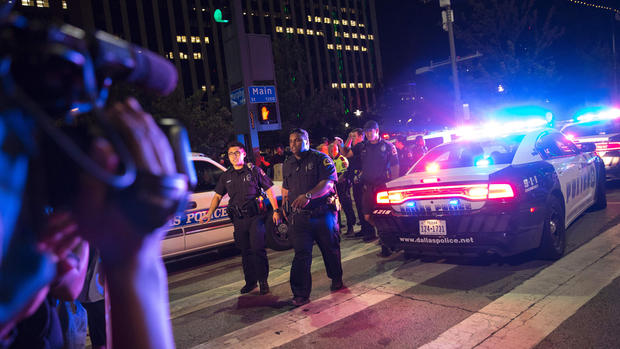Dallas Police Shooting pic 1