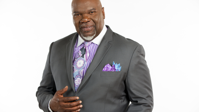 With A New Syndicated Talk Show T.D. Jakes Signs With Creative Artist Agency