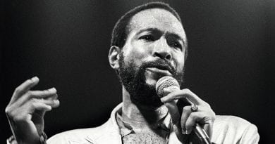 Marvin Gaye performs on stage at De Doelen, Rotterdam, Netherlands, 1st July 1980. (Photo by Rob Verhorst/Redferns)