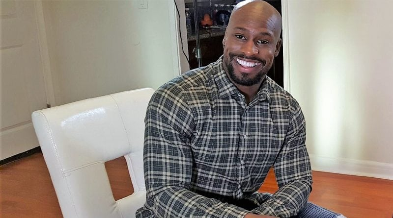 NFL's All-Pro Tight End Vernon Davis conquers in the Business Arena and on the Football Field (Watch)
