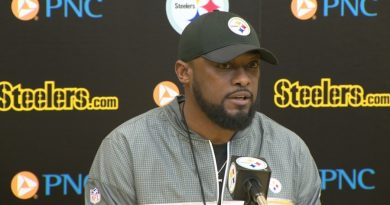 NFL Coach Mike Tomlin Takes The Lead. The Steeler Will Stay In The Locker Room